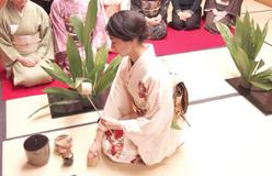 「梅宮万紗子のあま~いお散歩」vol.4 ~一茶菴流のお茶会~